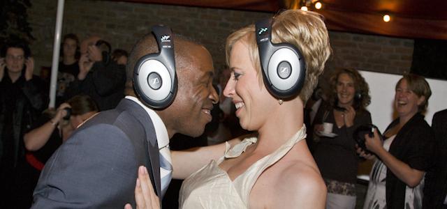 025 Stille disco huwelijk